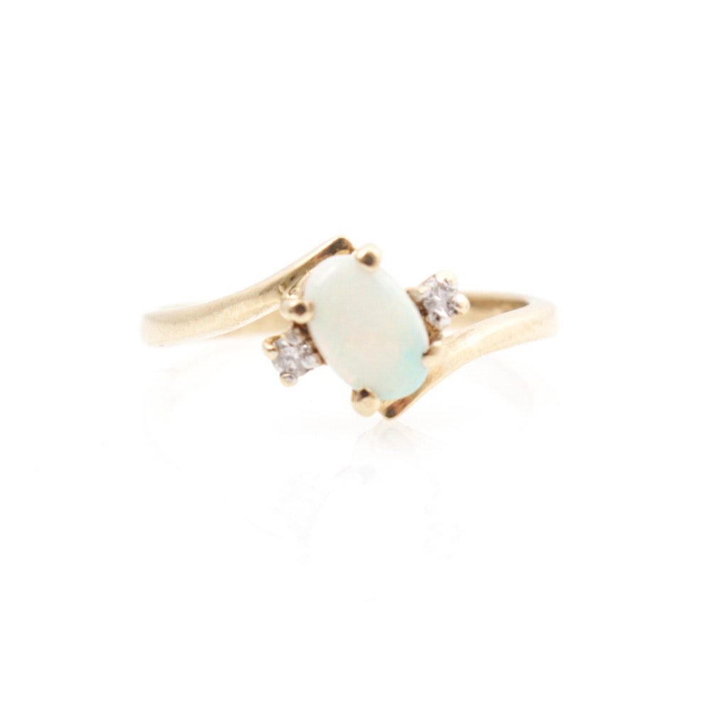 10K Yellow Gold Opal & Diamond Ring