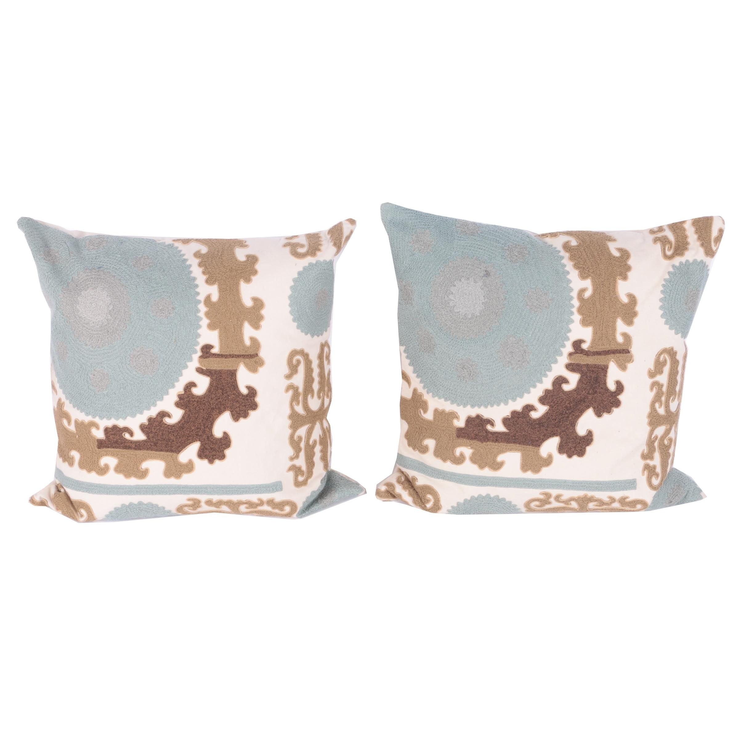 Applique Throw Pillows
