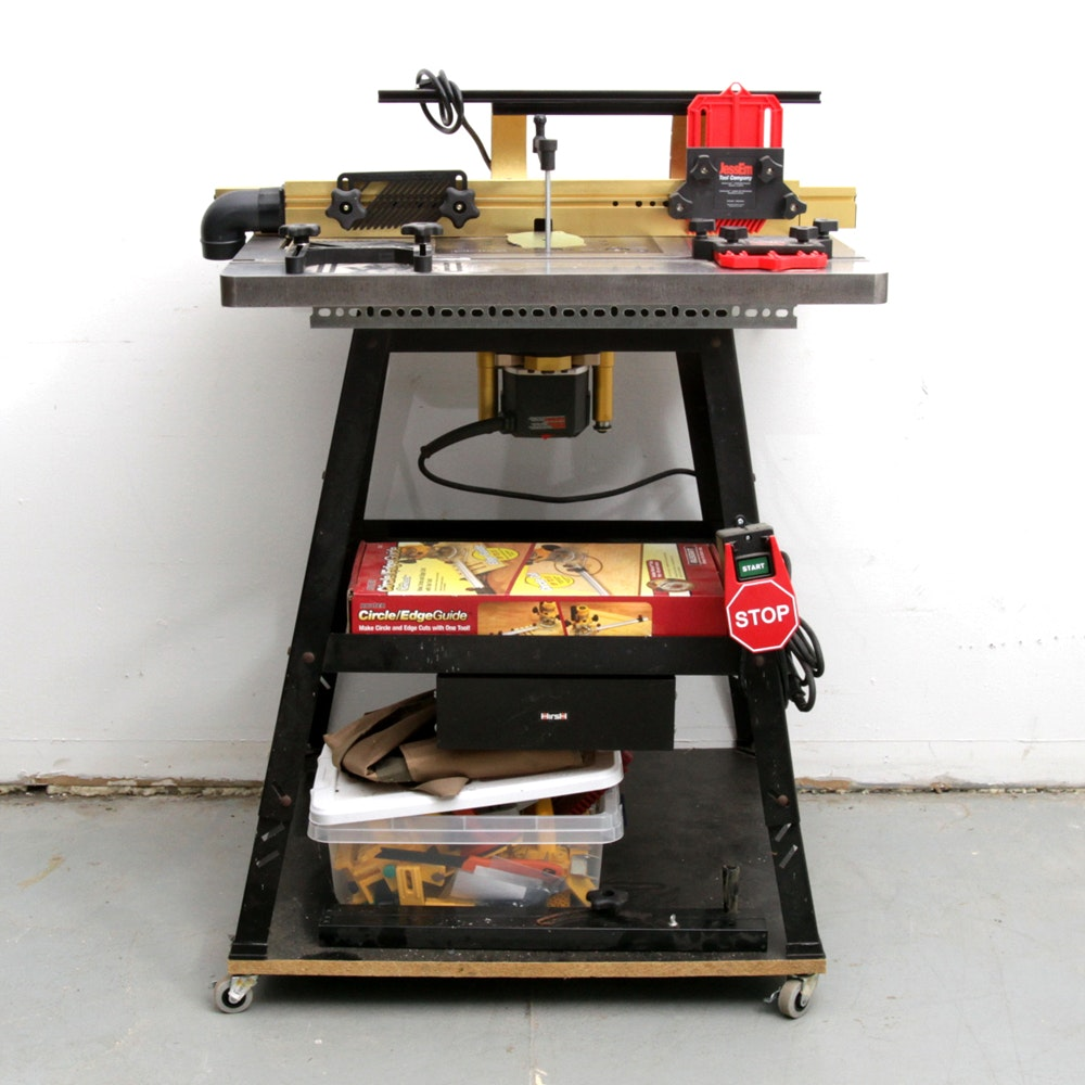 Router Table with Accessories