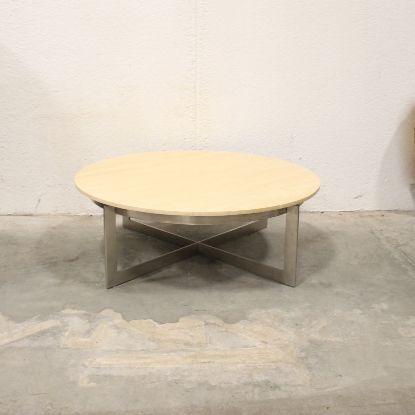Modern Style Round Coffee Table with Metal Base