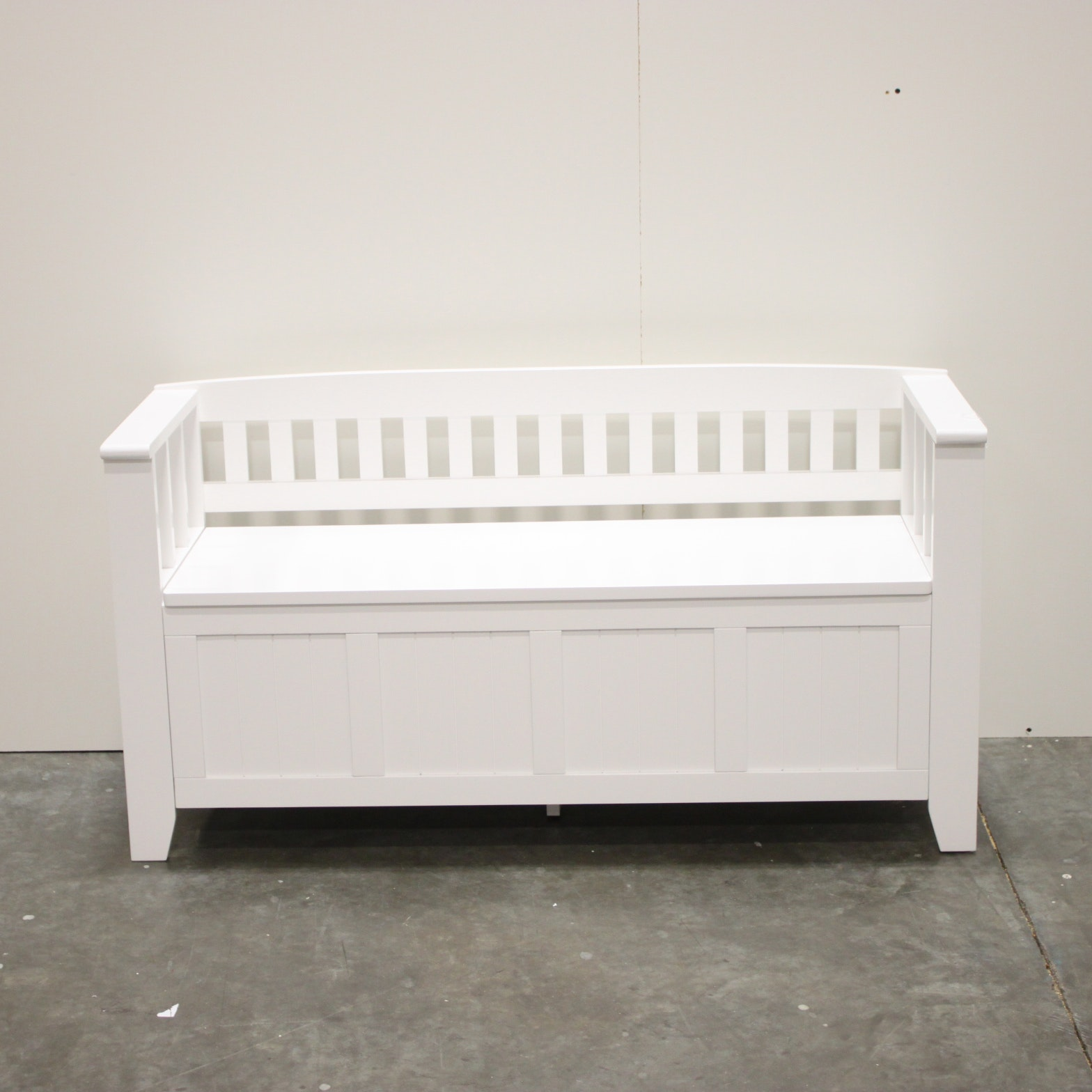 Cottage Style White Bench with Storage