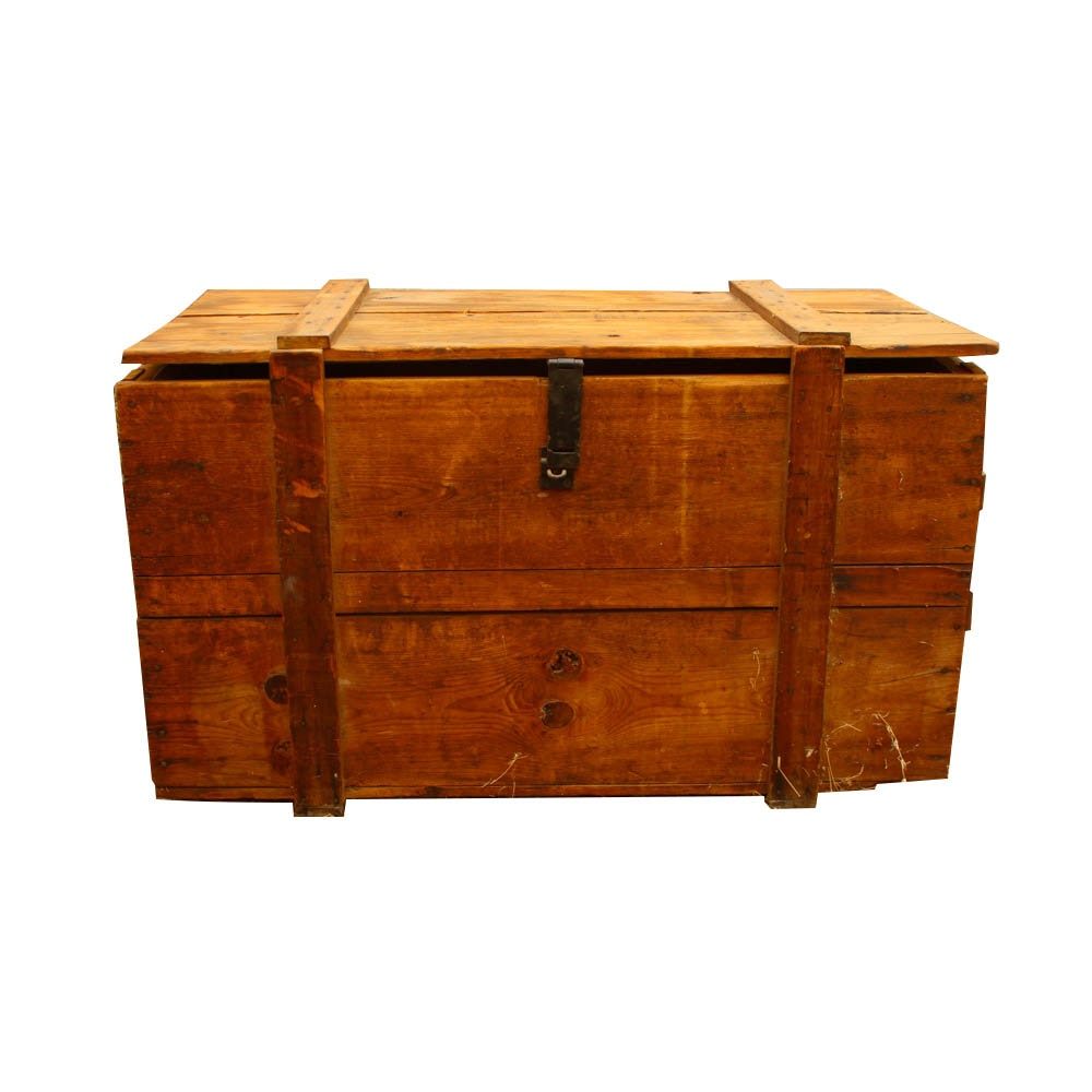 Antique Shipping Crate With Canvas Lined Interior