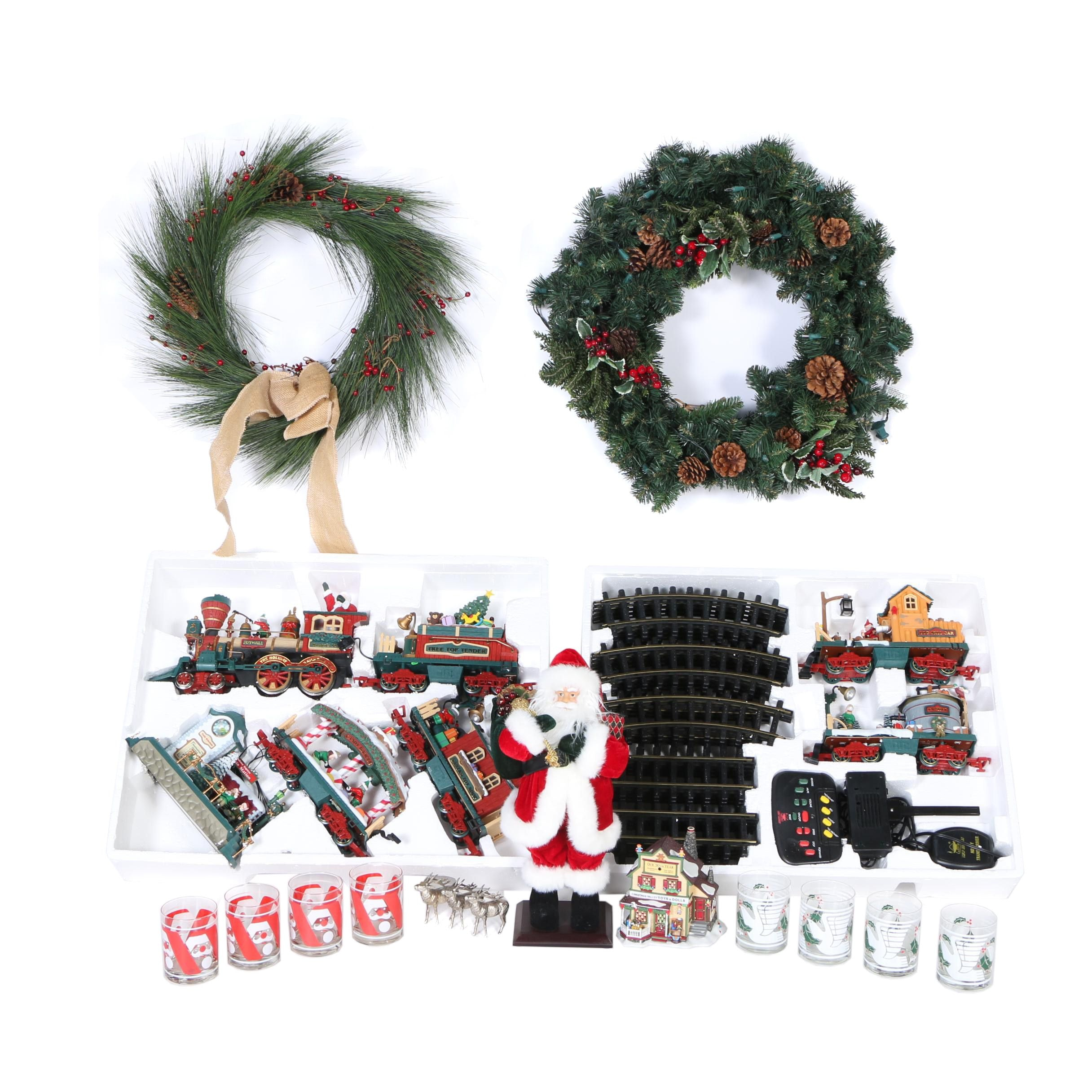 Christmas Wreaths, Decor and Drinking Glasses