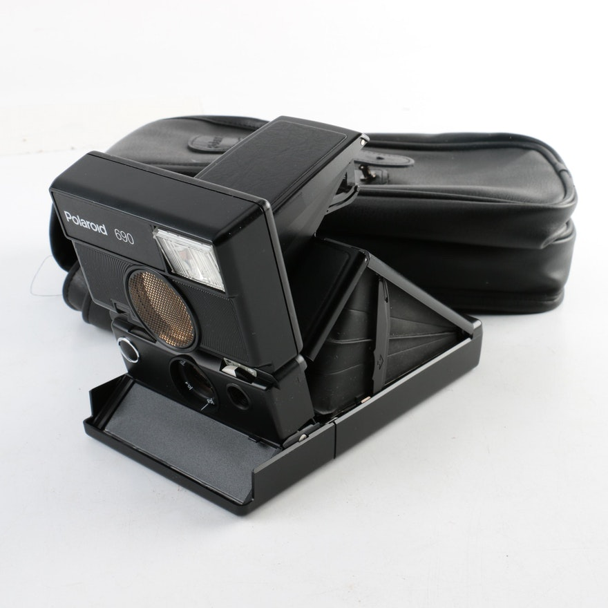 Polaroid 690 Camera and Case   EBTH f540b247dfa4