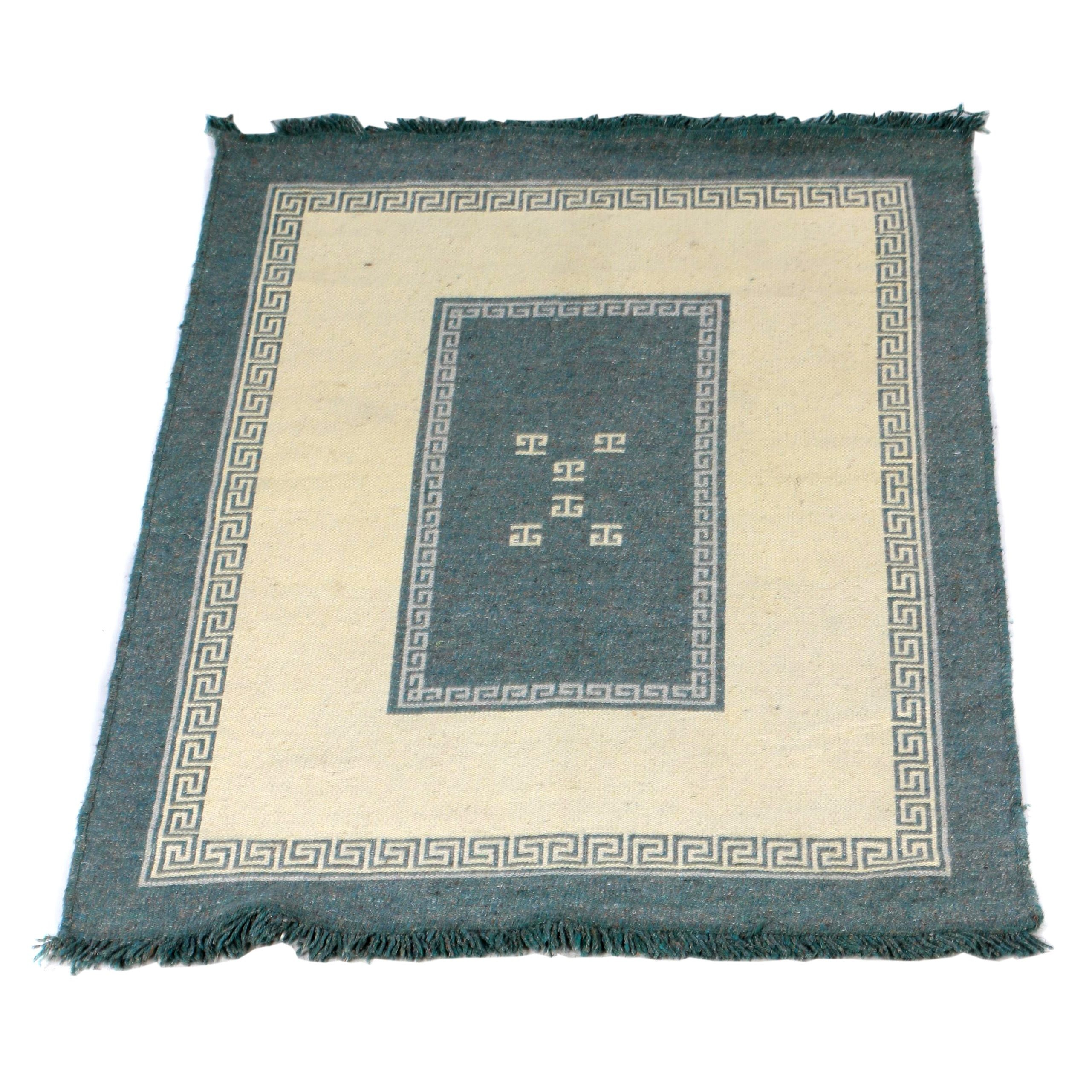 Handwoven Gray and White Meander Motif Area Rug