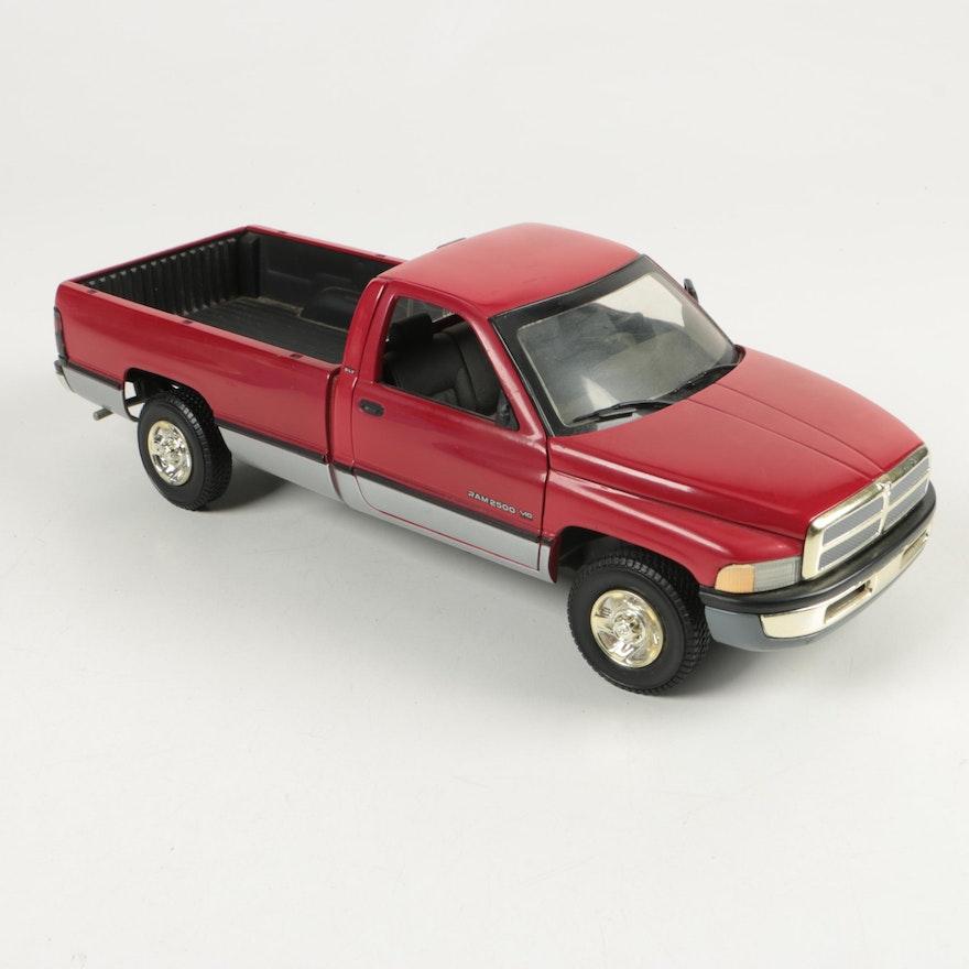 1996 Dodge Ram 2500 V10 Die-Cast Pick-Up Truck by Ertl