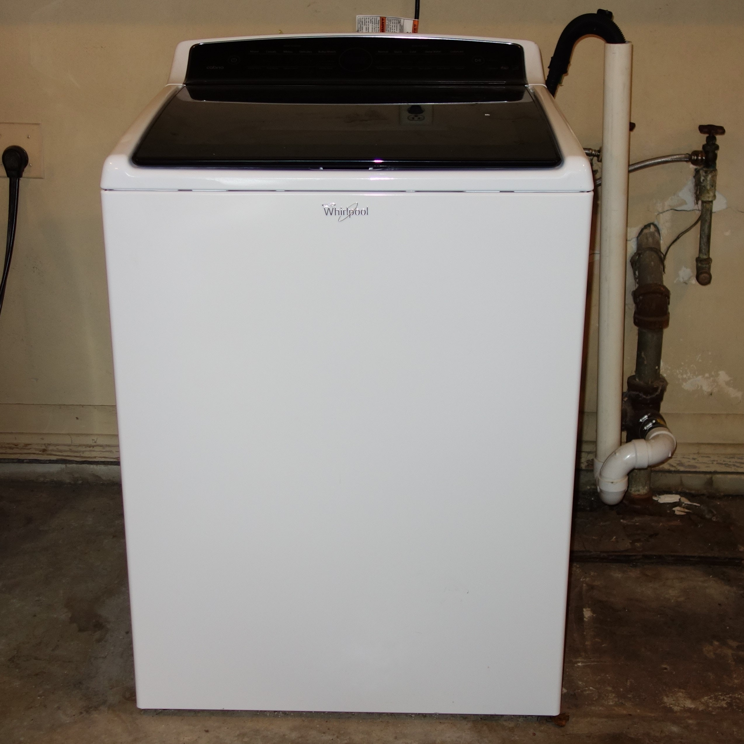 Newer Whirlpool Top Loading Washing Machine