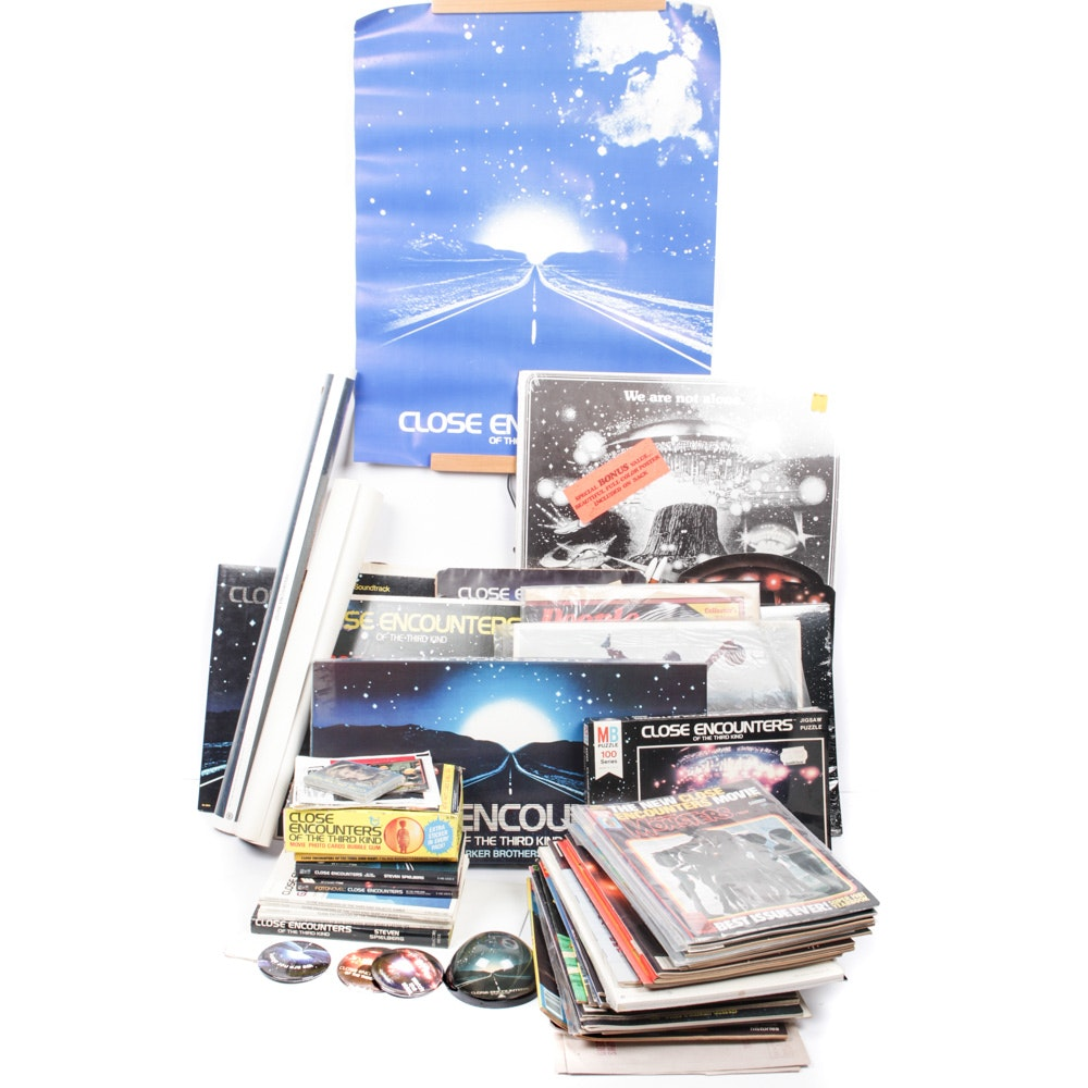 """Vintage """"Close Encounters of the Third Kind"""" Collectibles"""