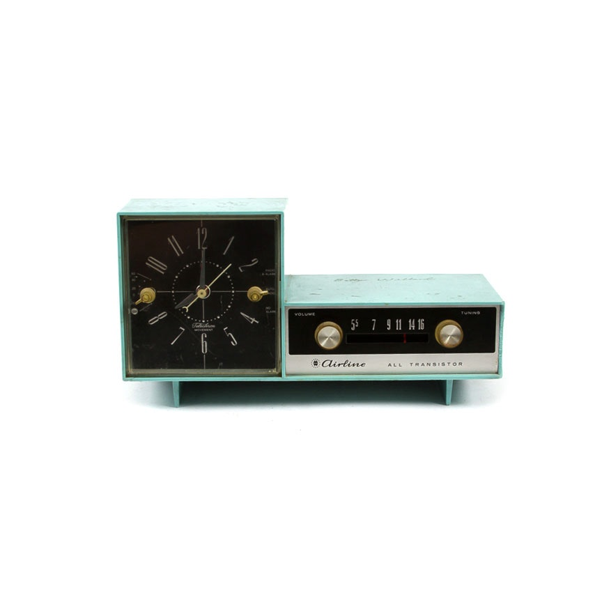 1960s Montgomery Ward Airline Clock Radio
