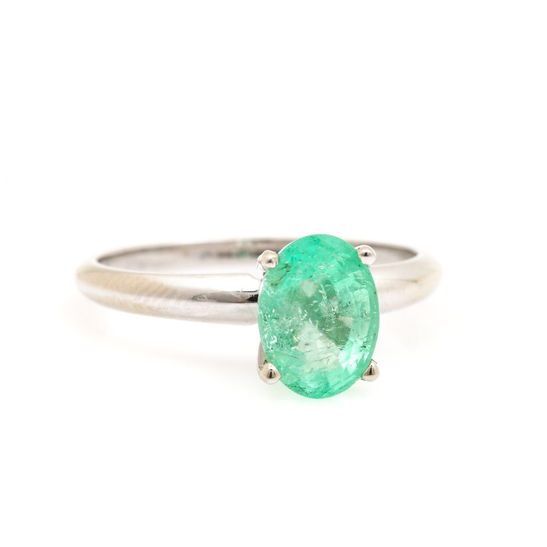 14K White Gold 1.35 CT Emerald Solitaire Ring