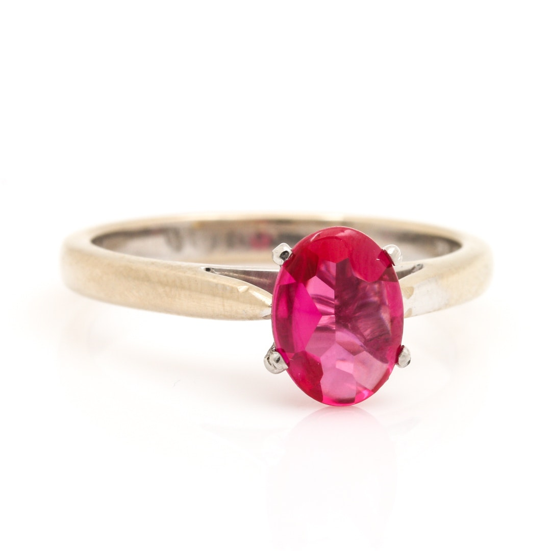 18K White Gold Solitaire Ruby Ring
