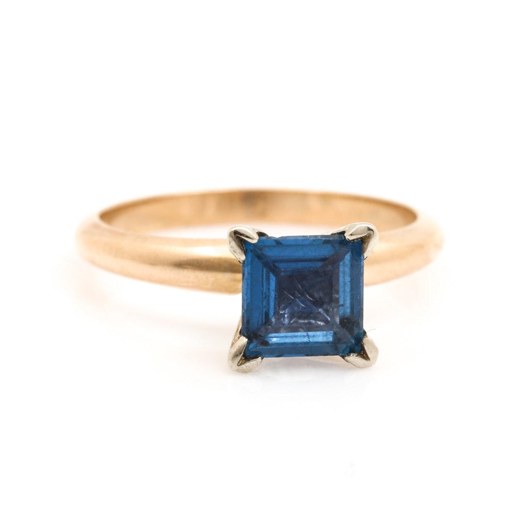 14K Yellow Gold Sapphire Solitaire Ring
