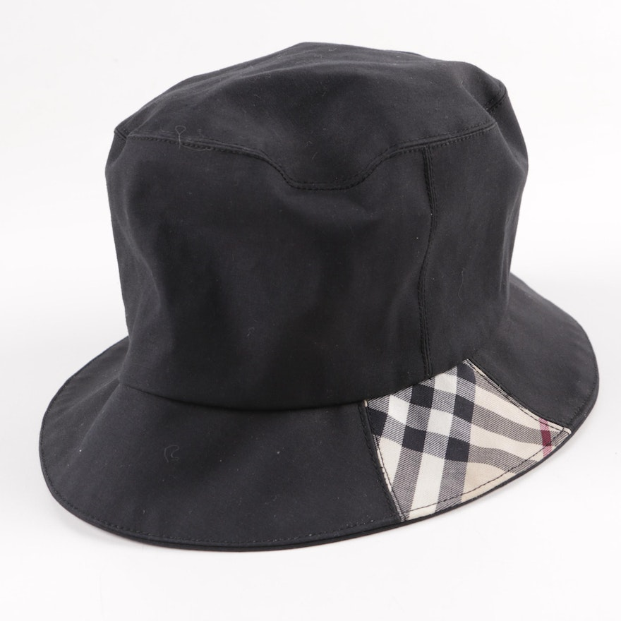 5eda1aebdd4 Burberry London Rain Hat   EBTH
