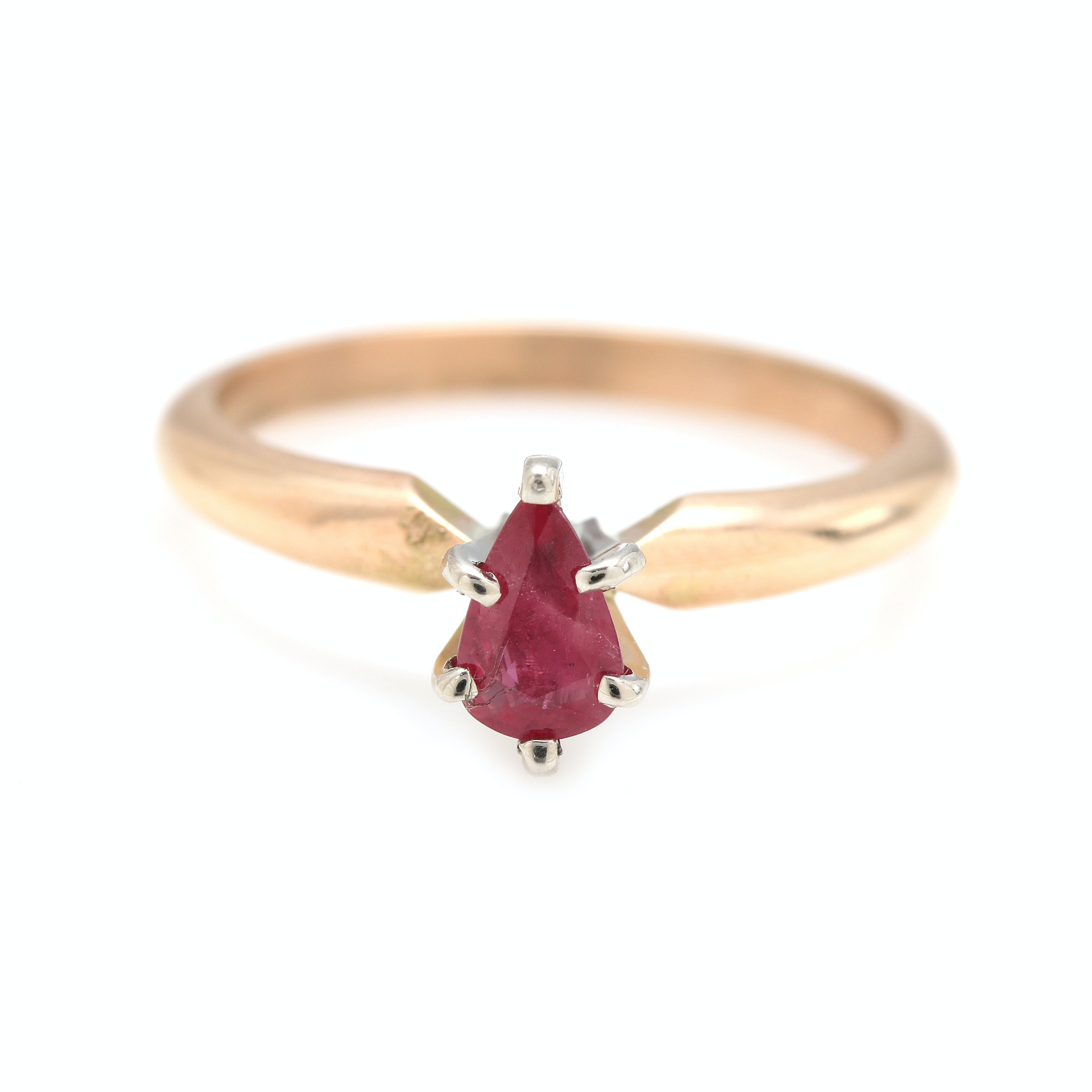 14K Yellow Gold Solitaire Ruby Ring