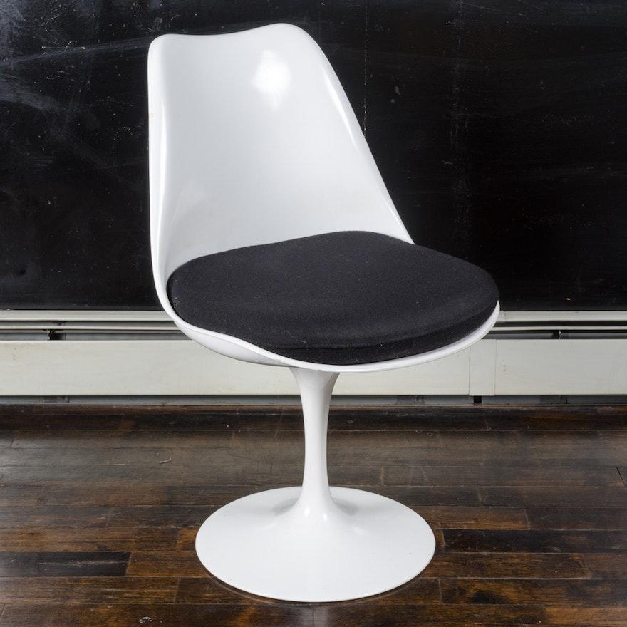 Mid Century Modern Tulip Armless Chair By Saarinen