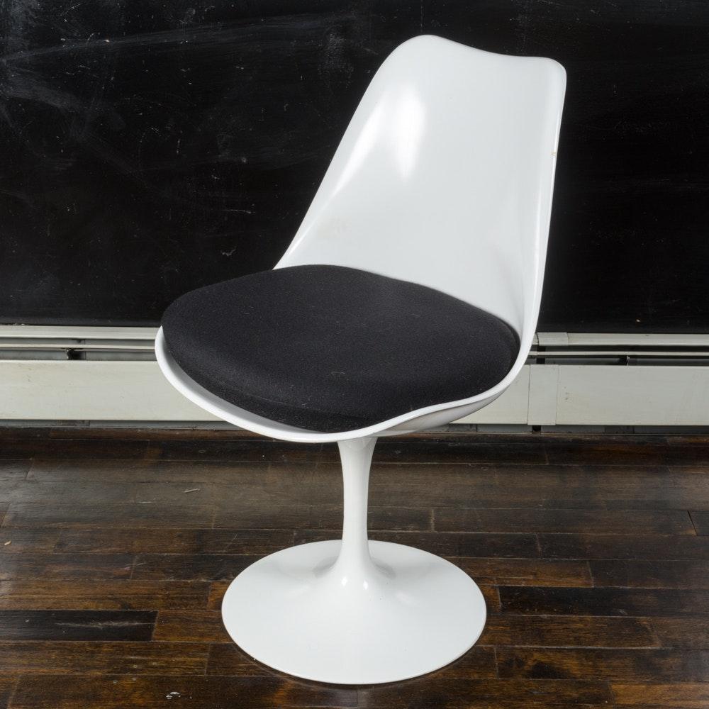 """Mid Century Modern """"Tulip"""" Armless Chair by Saarinen for Knoll"""