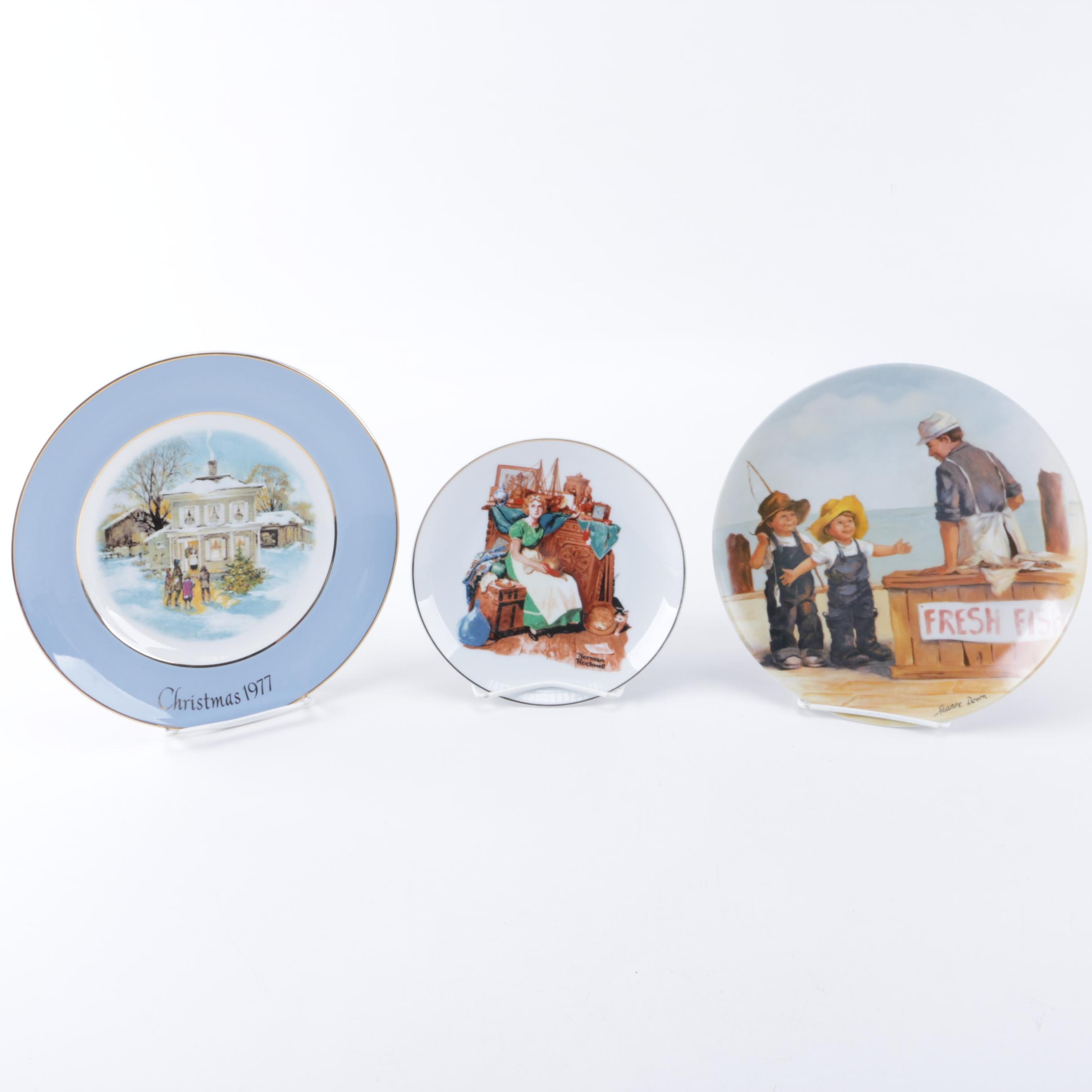 Decorative Ceramic Collector's Plates