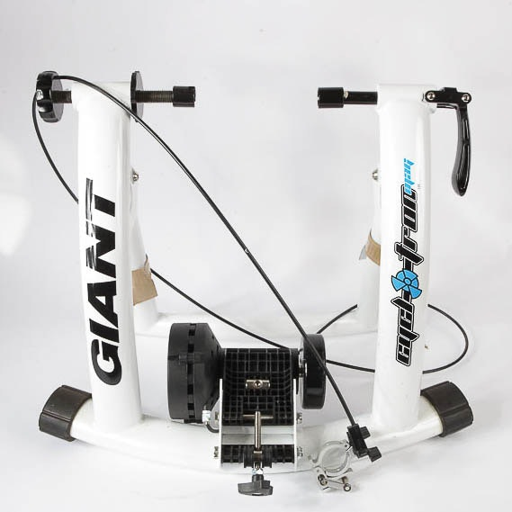 Cycl-O-Tron Bicycle Stand by Giant