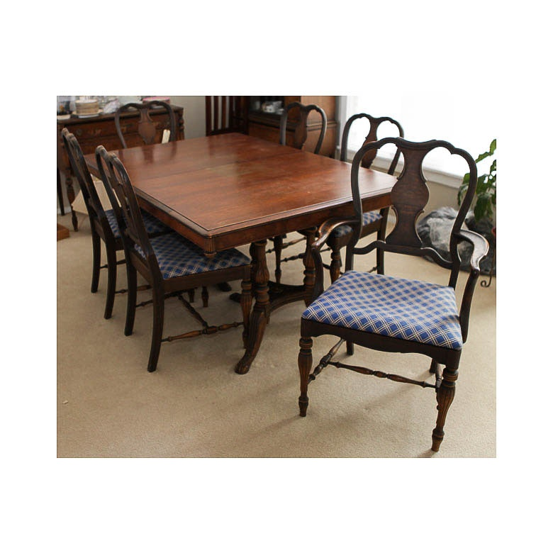 Vintage Berkey & Gay Dining Table and Chairs