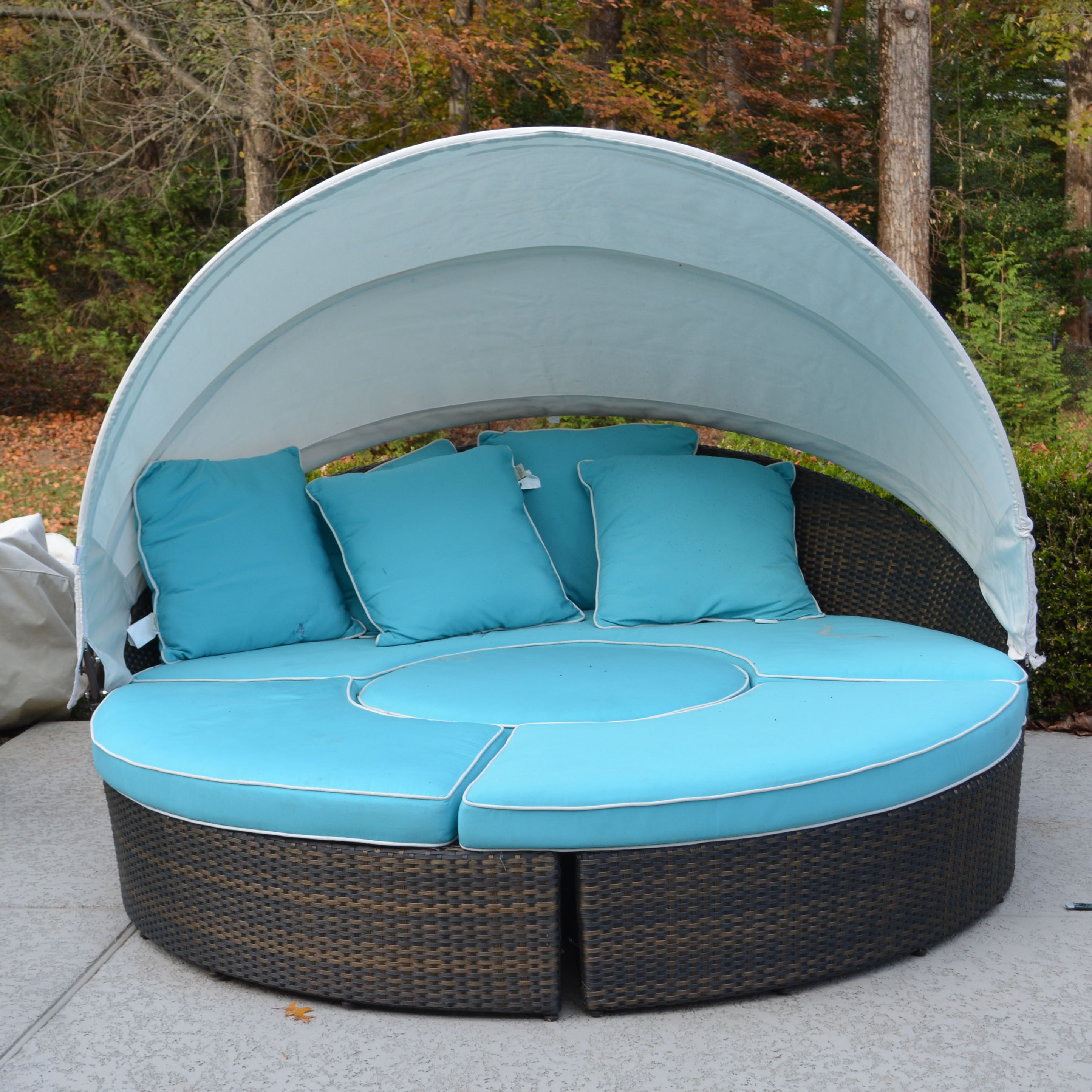 Frontgate Outdoor Day Bed with Sun Shade