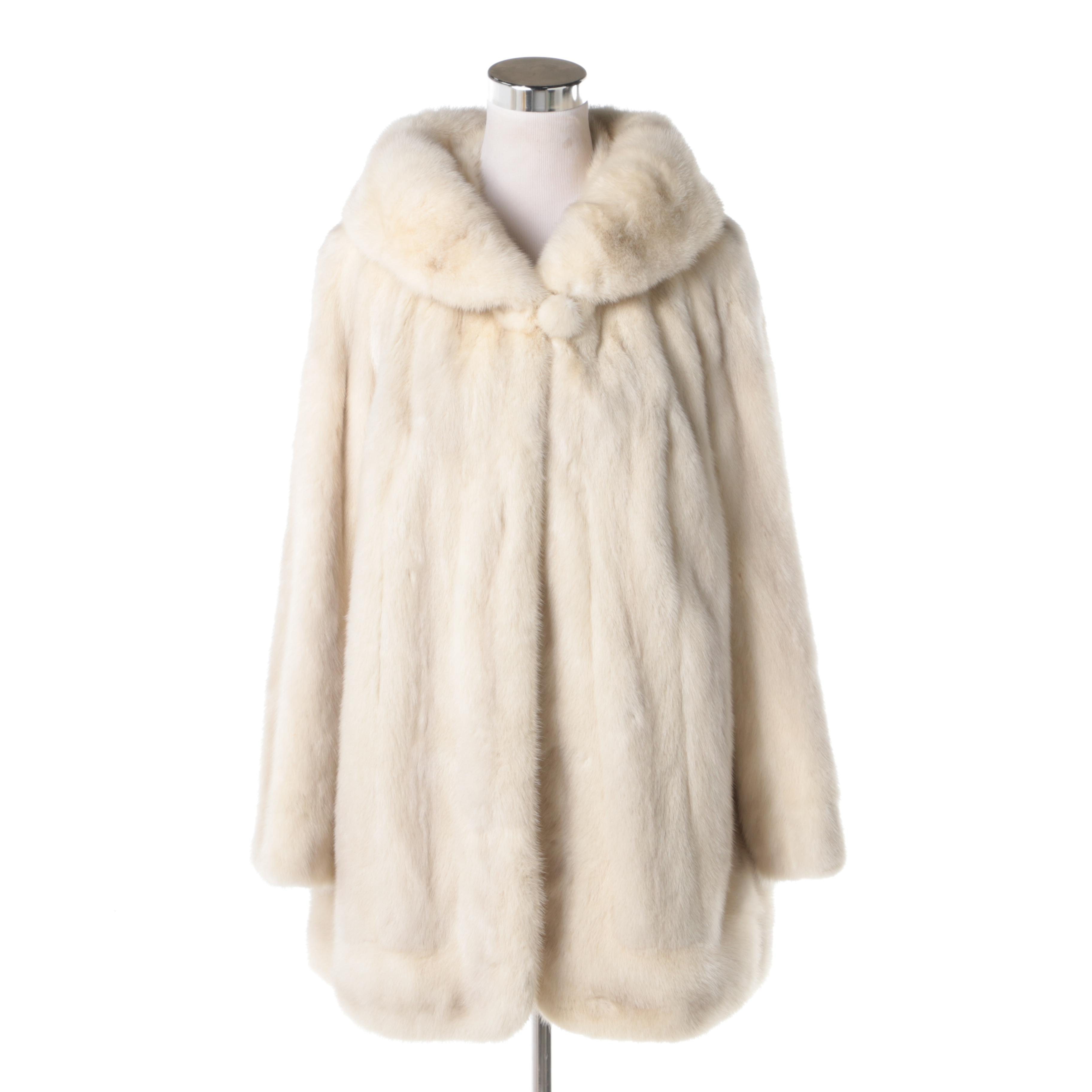 Women's Mid-Century Vintage Platinum Mink Swing Coat