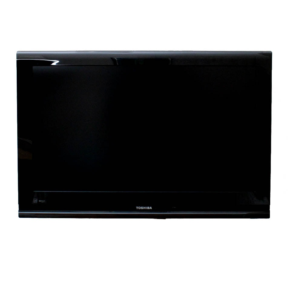 """Toshiba 32"""" LCD HDTV Flat Screen Television with Mount"""