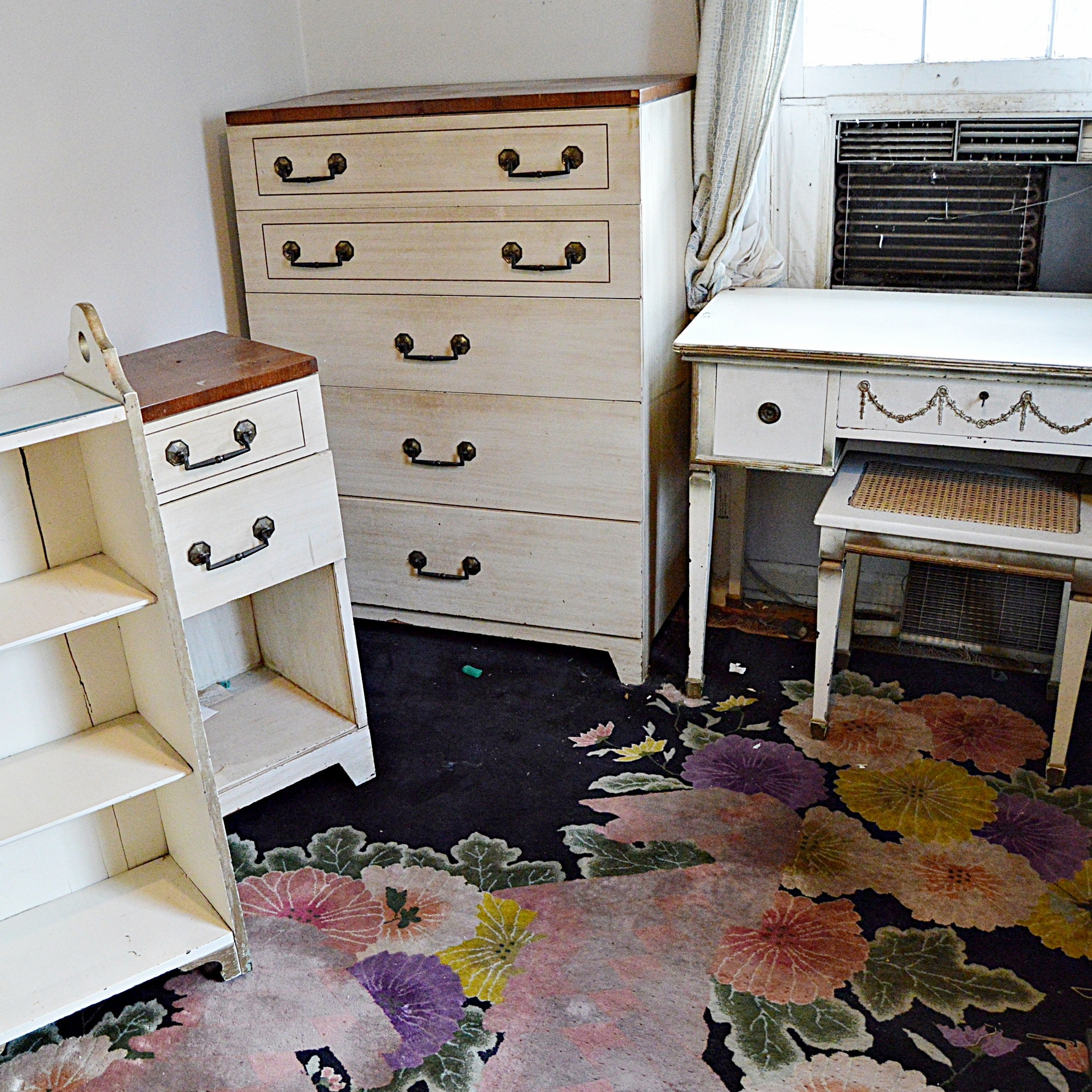 Vintage Painted French Provincial Furniture Group ...