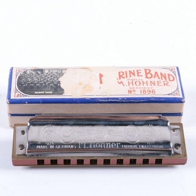 Collectibles, Musical Instruments, Décor & More