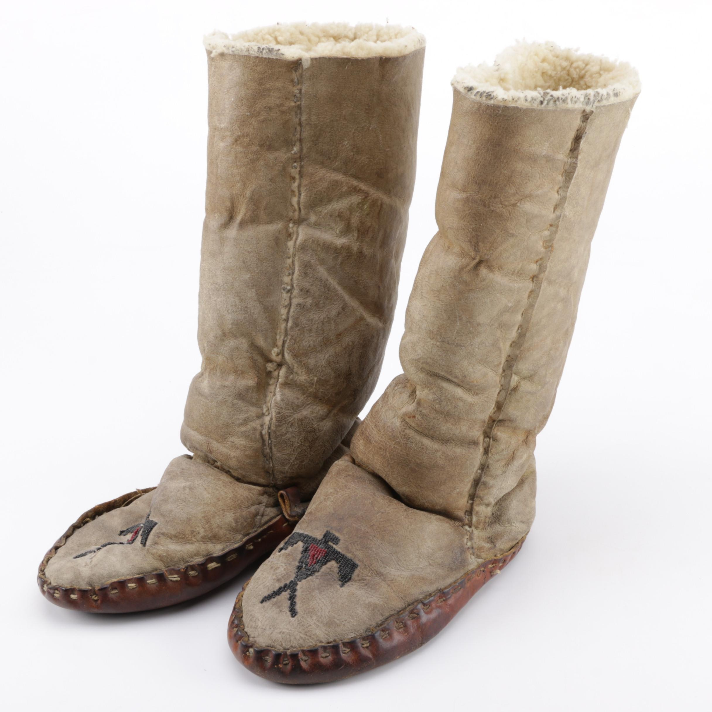 Vintage Native American Style Lined Moccasins