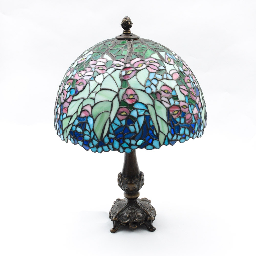 Tiffany Style Leaded Stained Floral Glass Lamp