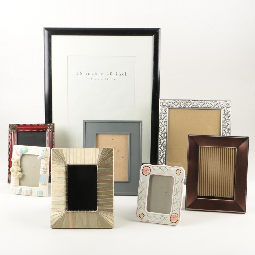Picture Frames featuring Pier 1 Imports : EBTH