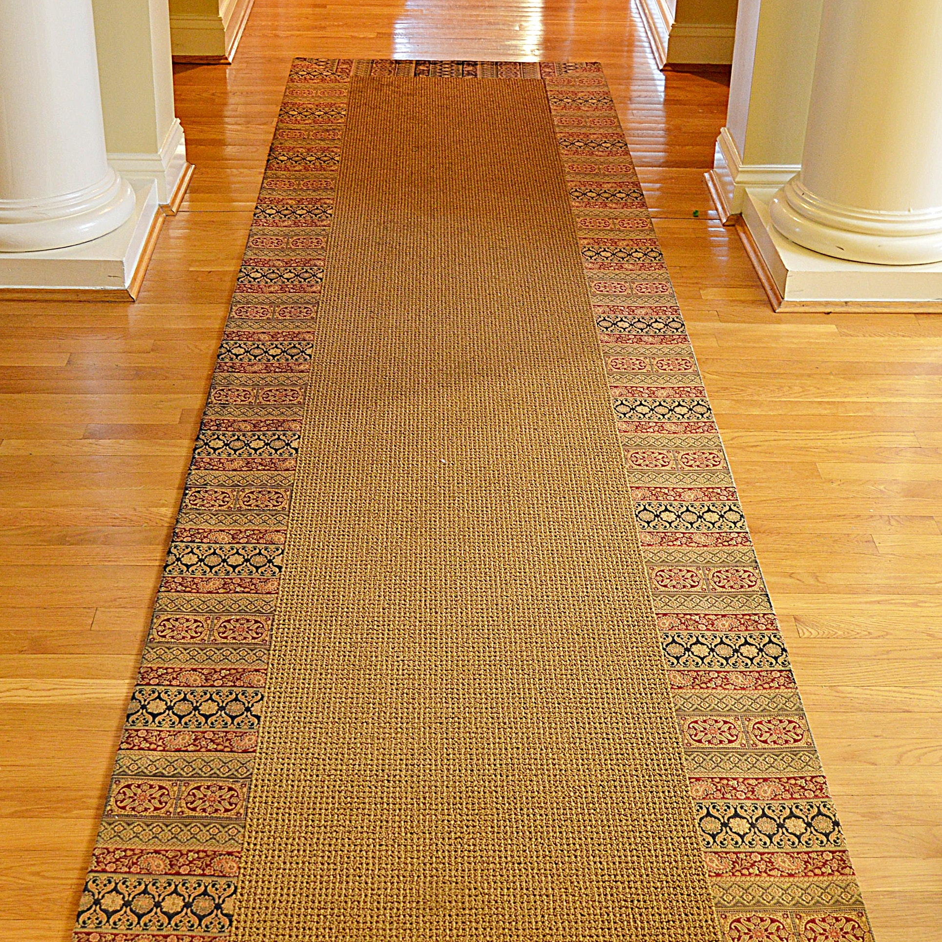 Machine-Woven Runner with Tapestry Border
