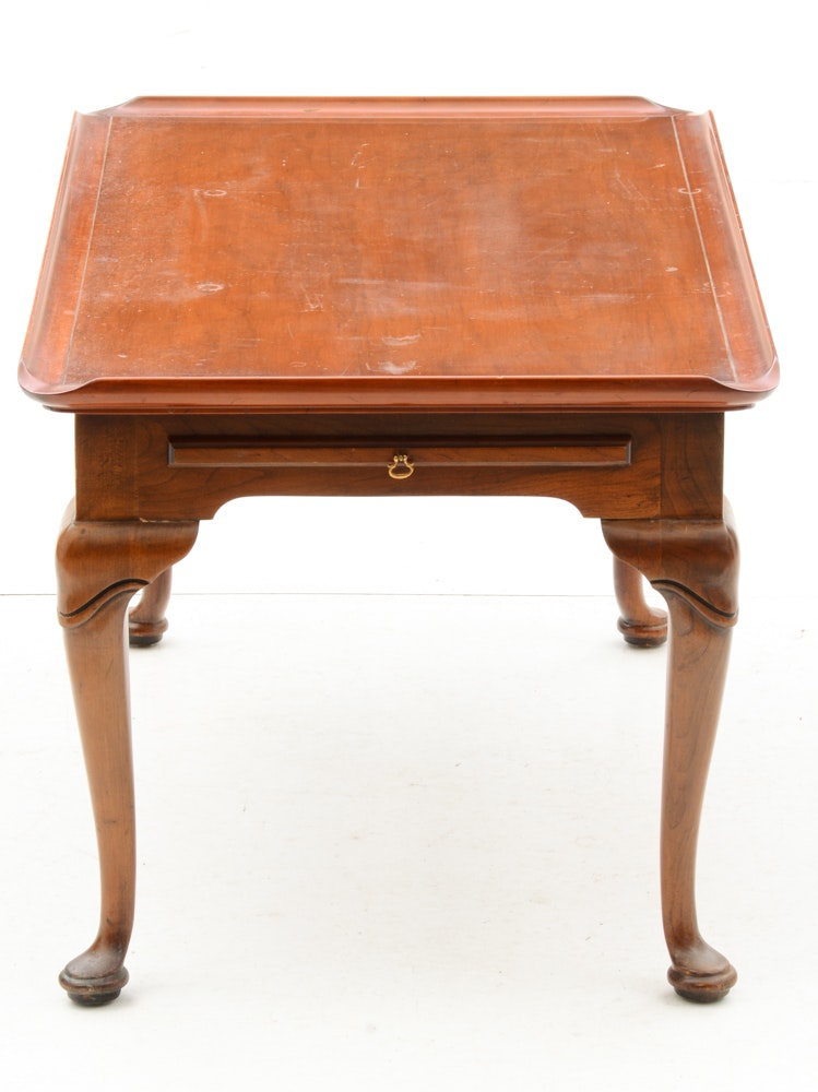 Vintage Mahogany Queen Anne Style Coffee Table Ebth