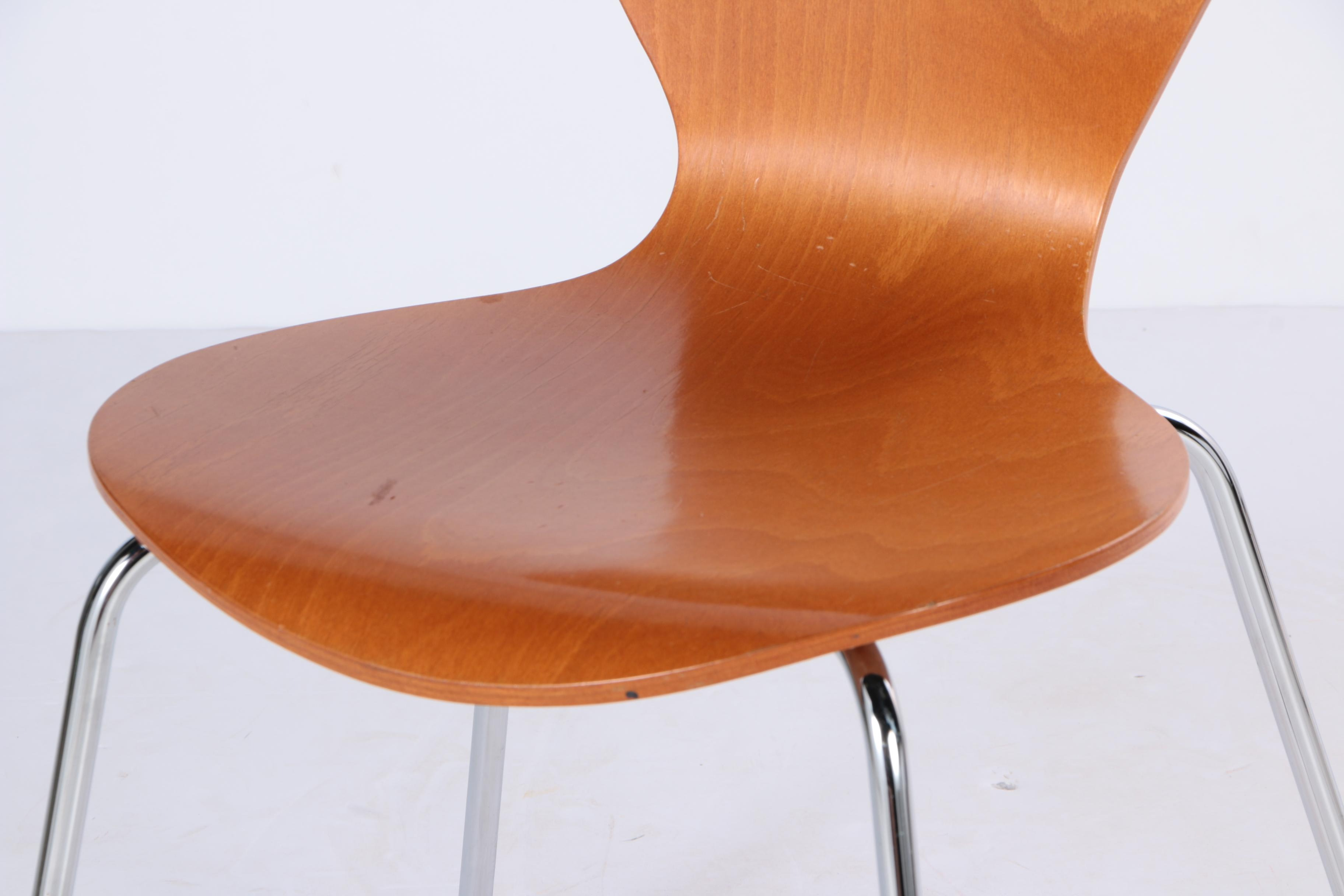 Contemporary Modern Molded Plywood Stacking Side Chair Ebth