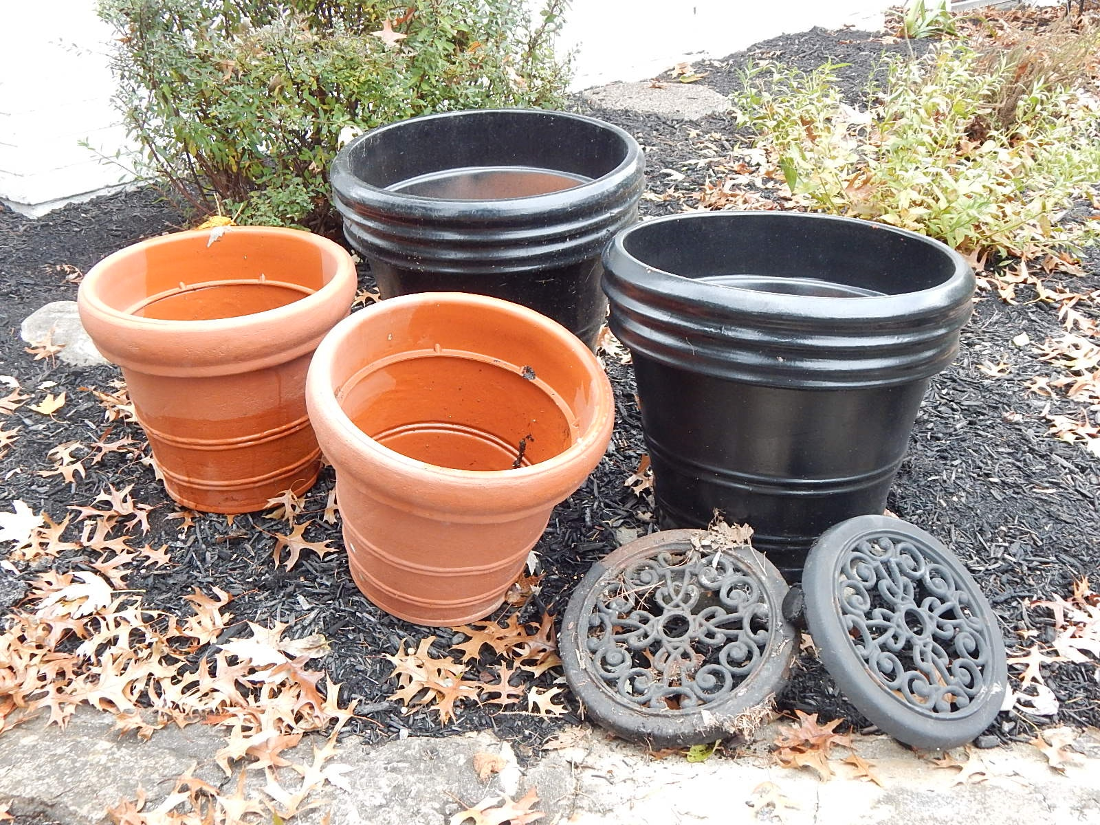 Outdoor Planters and Concrete Bird Bath