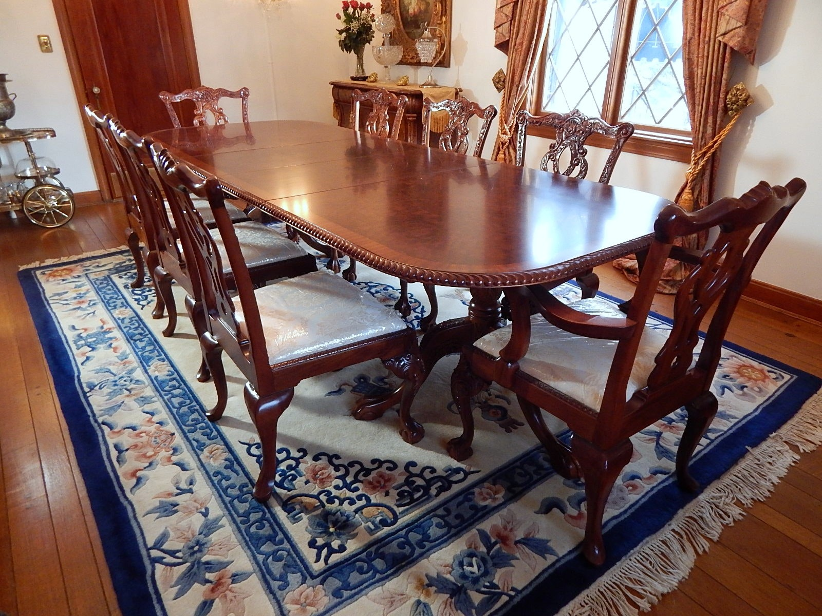 Mahogany Georgian-Style Table and Eight Chairs
