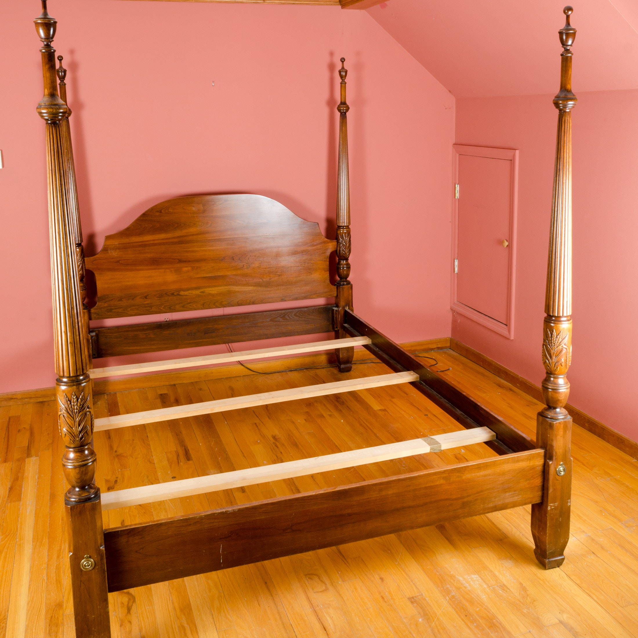 Charleston Style Four Poster Queen Size Rice Bed Frame