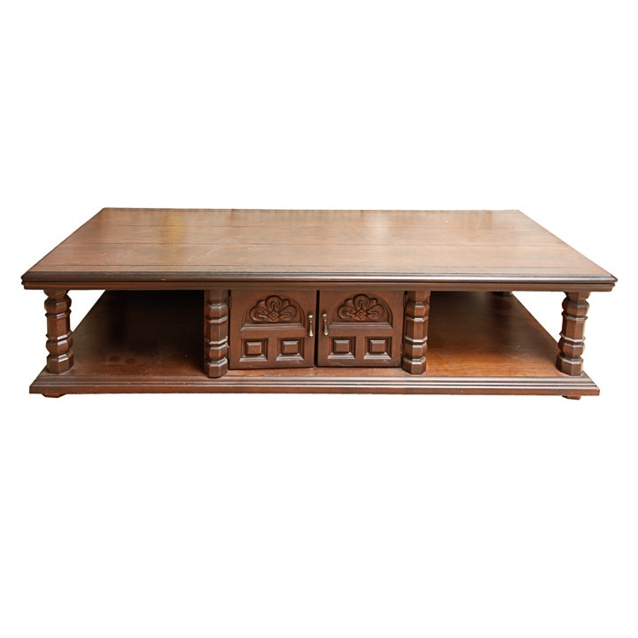 Vintage Mid-Century Traditional Style Coffee Table