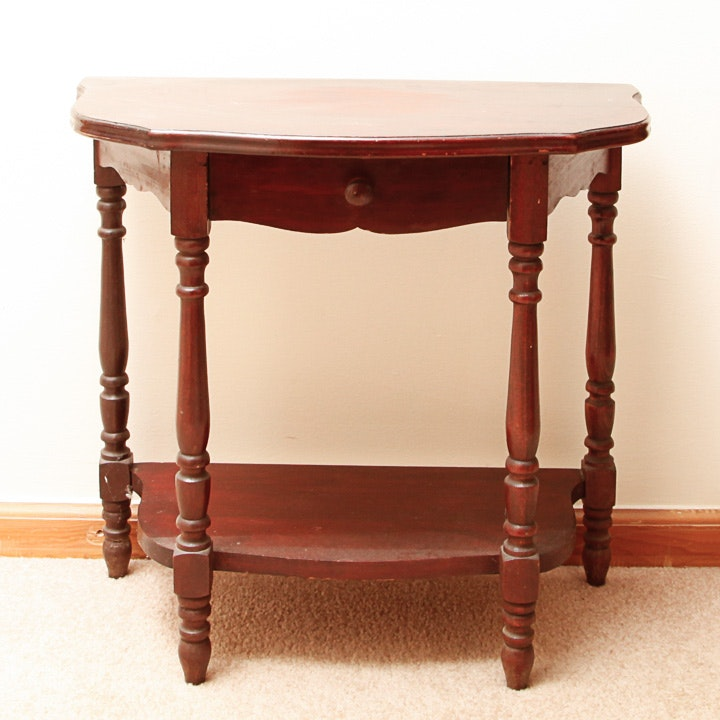 Vintage William and Mary Style Accent Table