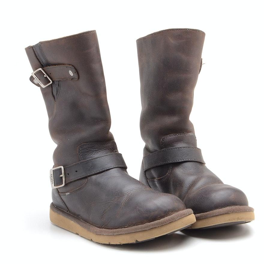 1130b65b74a Pair of UGG Australia Kensington Leather and Sheepskin Boots