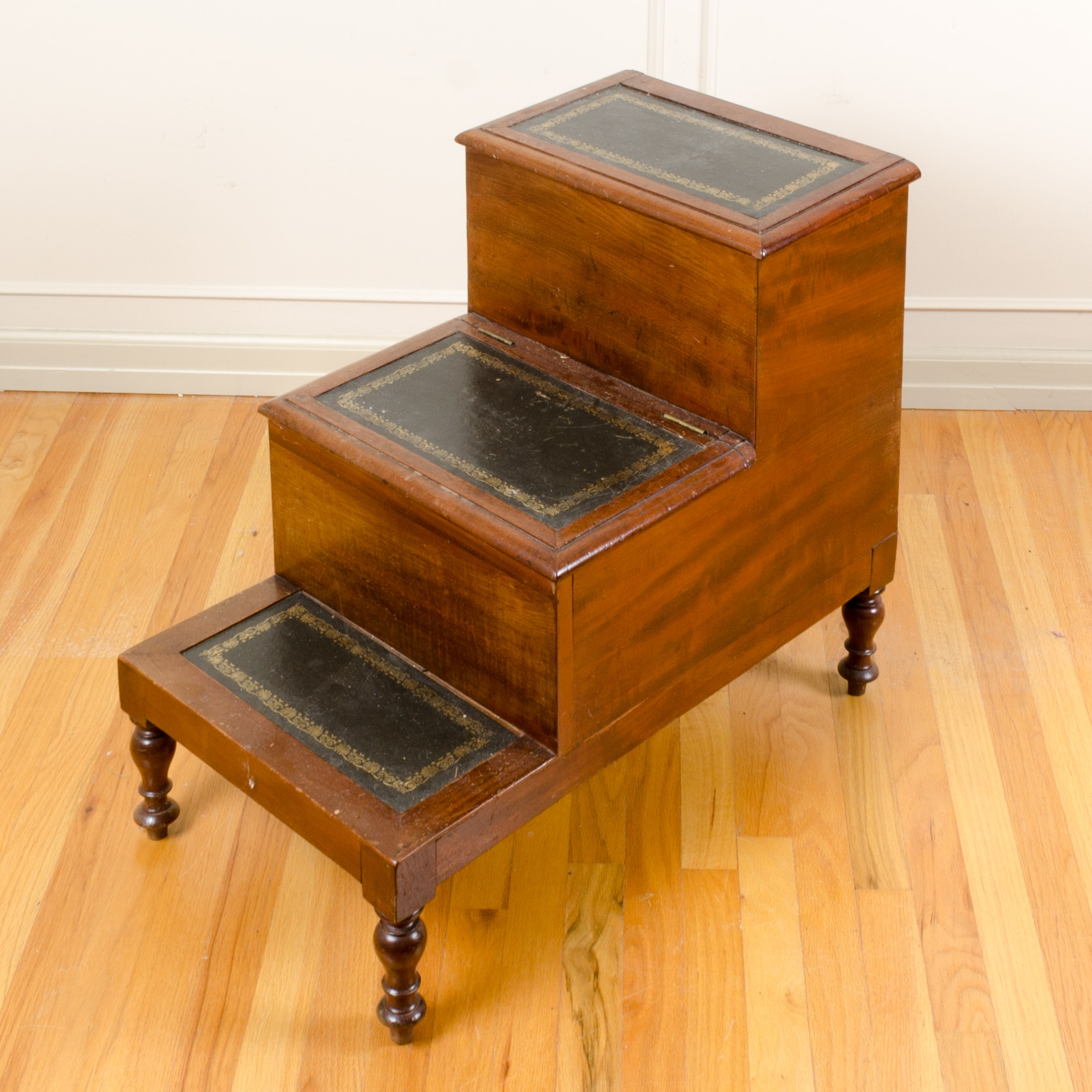 Vintage Library Step Side Table ...