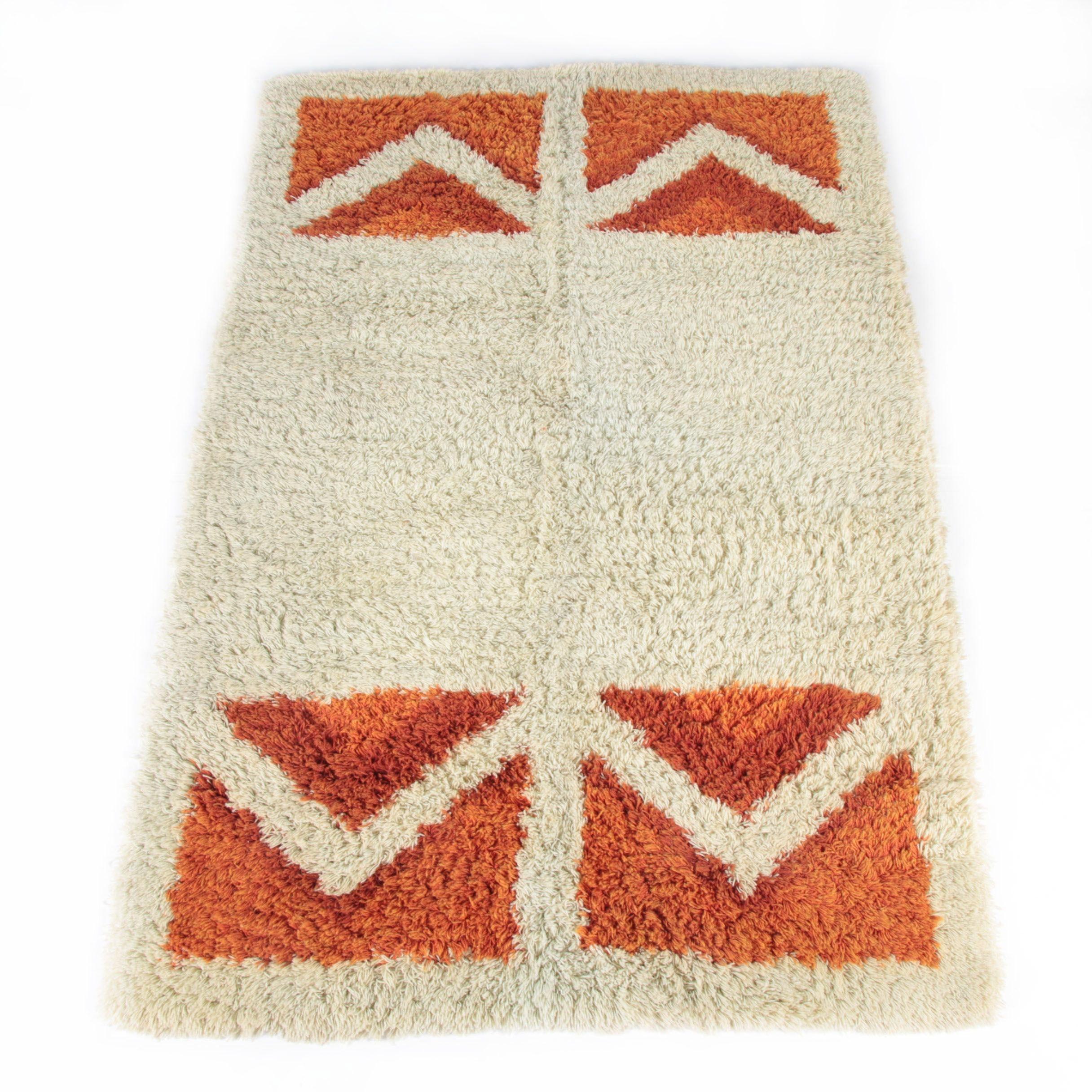 Mid Century Modern Style Tufted Wool Area Rug