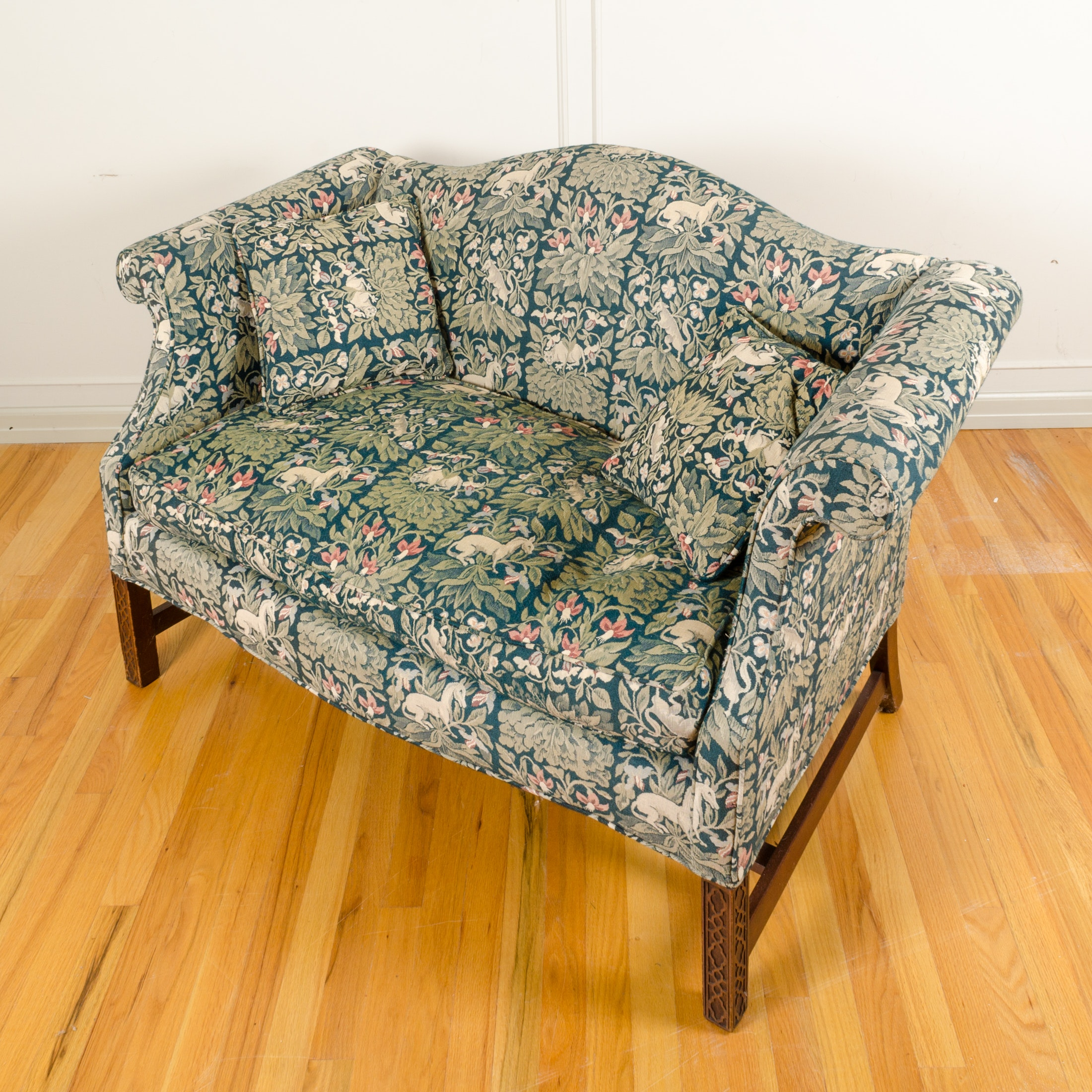 Chippendale Style Settee