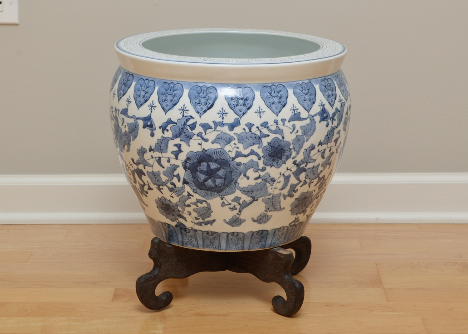 Asian Style Planter with Stand