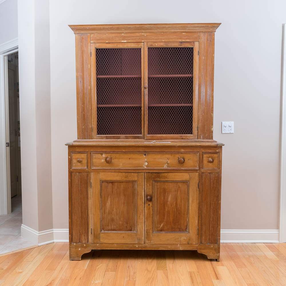 Antique Arts and Crafts Pine Hutch