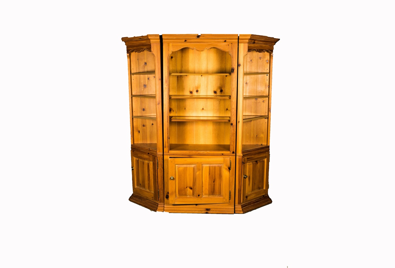 Three-Piece Illuminated Pine Display Cabinet by Thomasville ...  sc 1 st  Everything But The House & Three-Piece Illuminated Pine Display Cabinet by Thomasville : EBTH