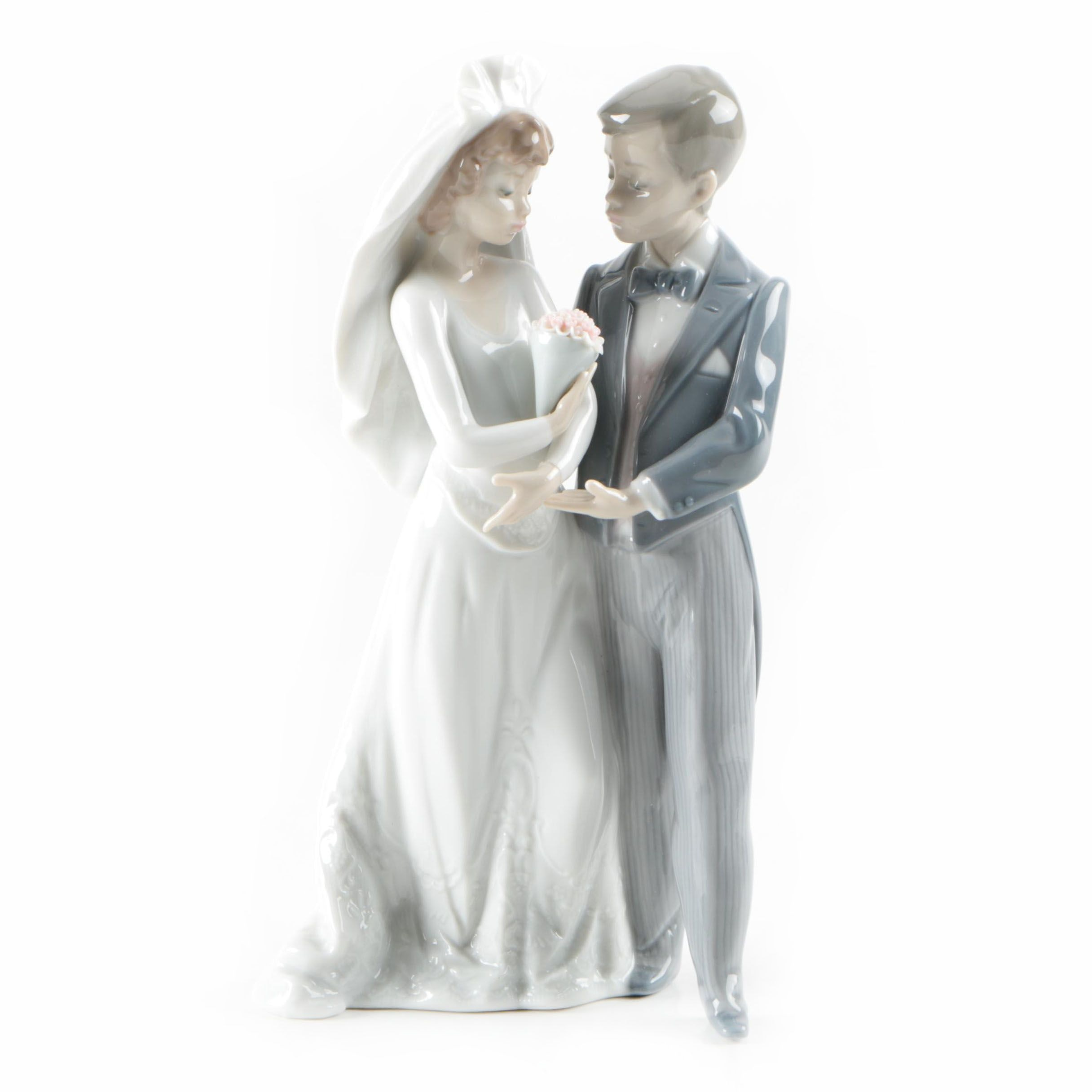 Lladro Porcelain Wedding Figurine