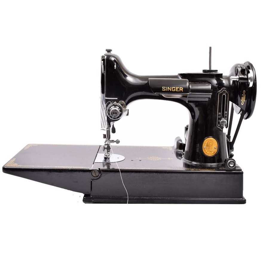 1940s Singer Featherweight Portable Sewing Machine