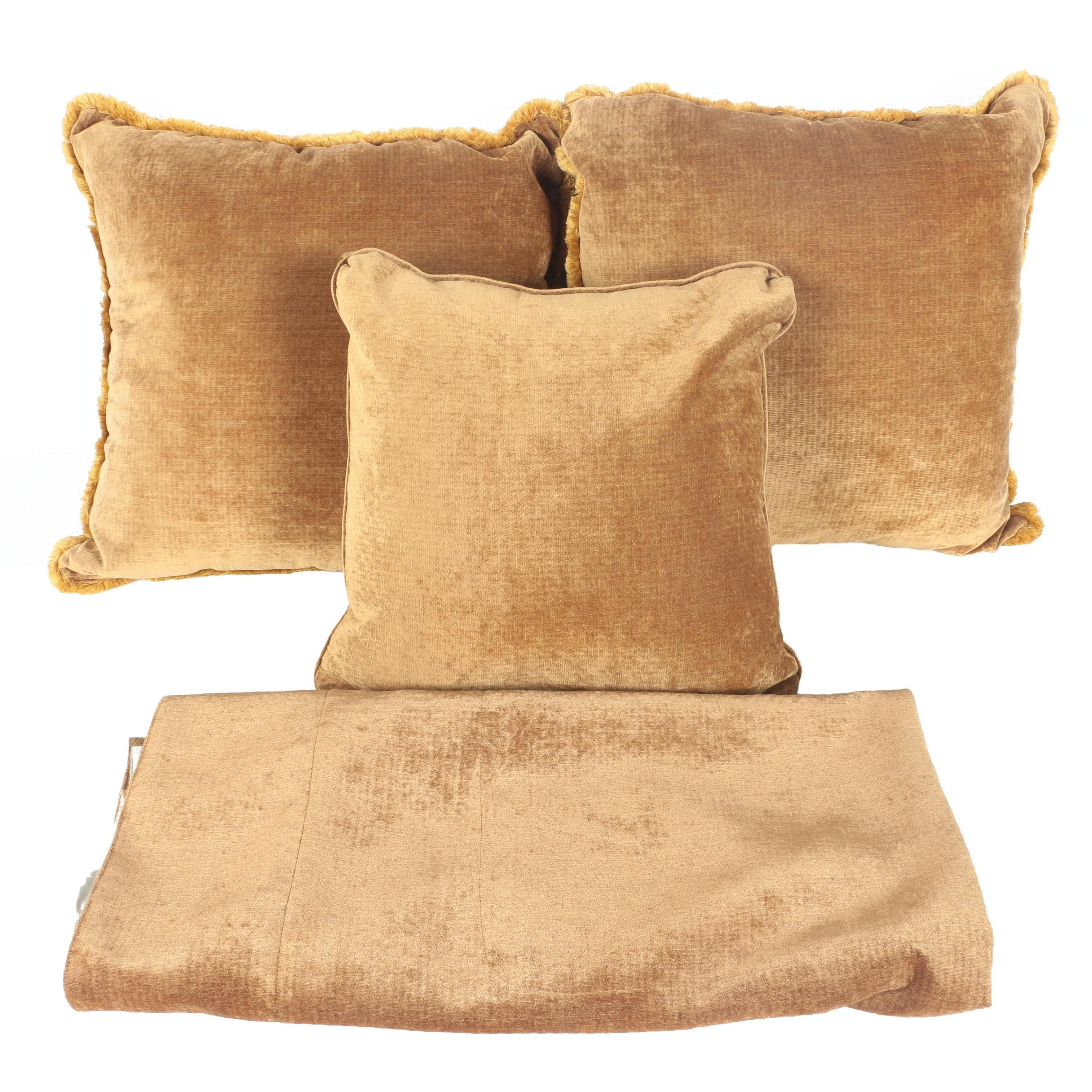 Brown Velour Bedspread and Pillow Set