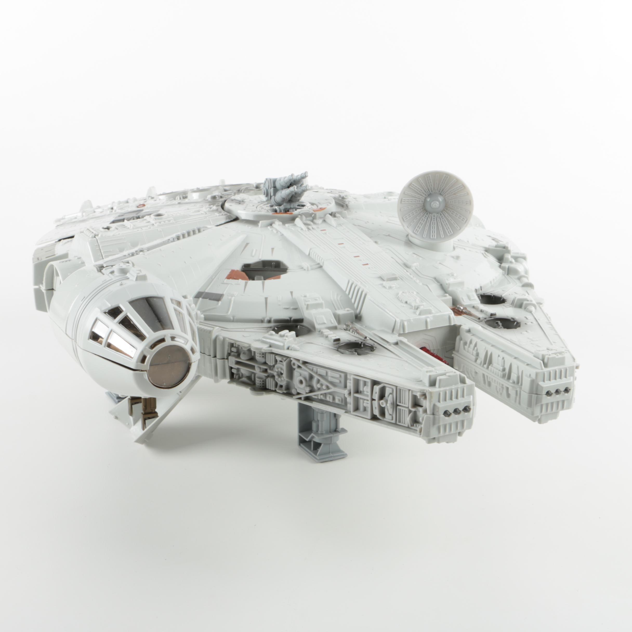 "2005 ""Star Wars"" Millennium Falcon"